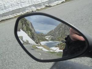 Dette bildet kan du ha i speilet ditt på vei mellom Røldal og Sauda