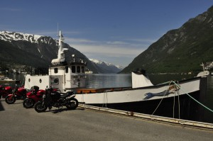 I Odda ligger båten til bestekompisene Joar og Lothepus, Fjorden Cowboys. De er født og oppvokst i Sørfjorden i Hardanger.