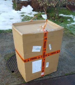 Deler er bestilt jevnt og trutt denne vinteren. Størst var imidlertid forventningene da denne pakka ankom fra Rade Garage. Ny front og ekstra tank.