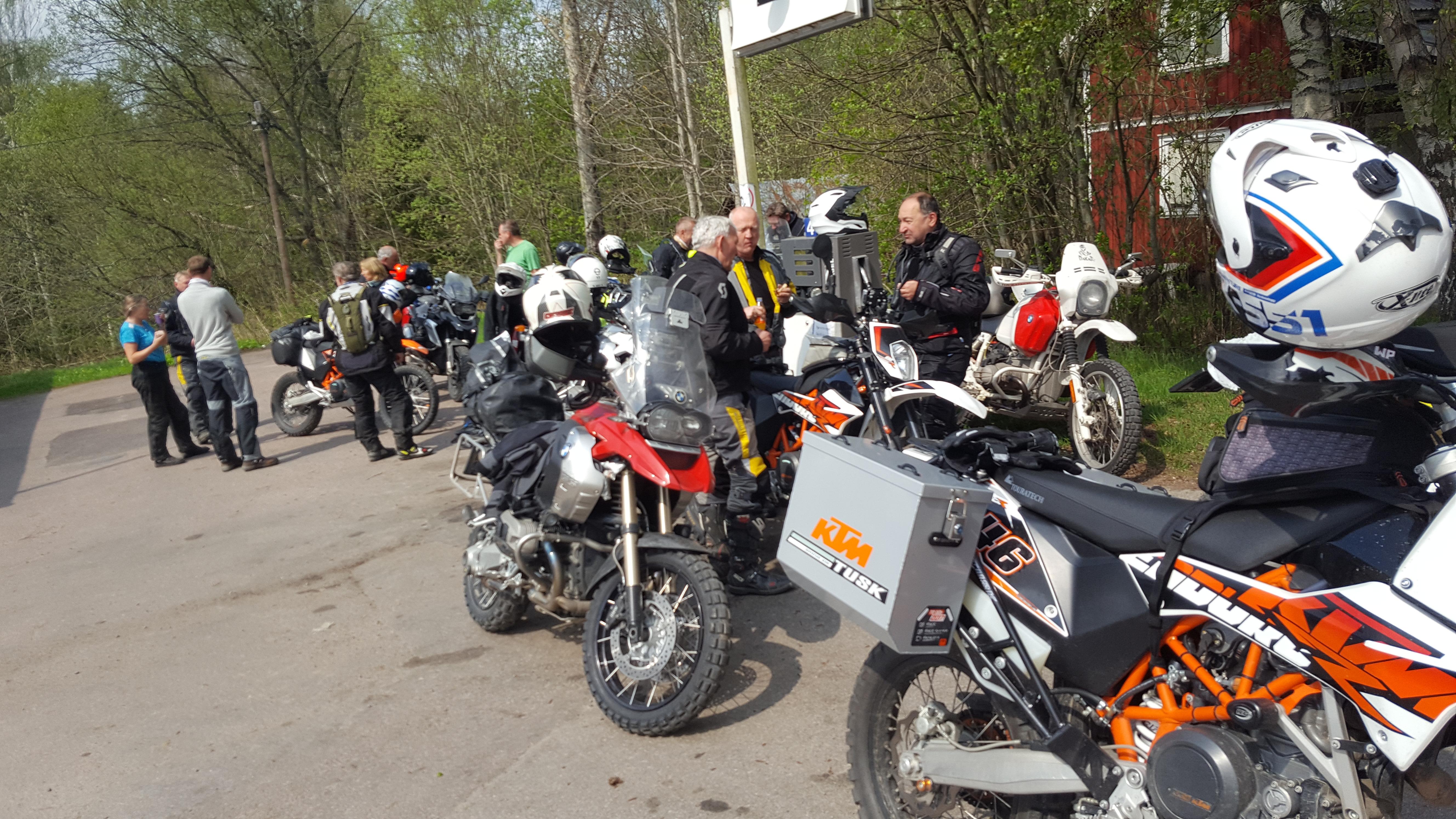 Testtur med Allroad mc, på grusveier i Sverige